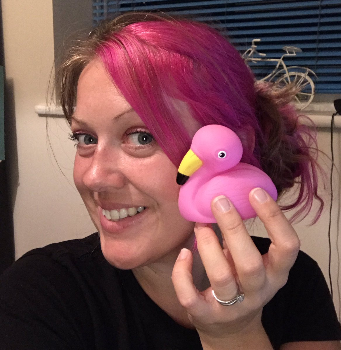 Flamingo Duck Selfie (20)