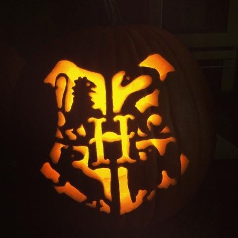 Hogwarts-Crest Pumpkin