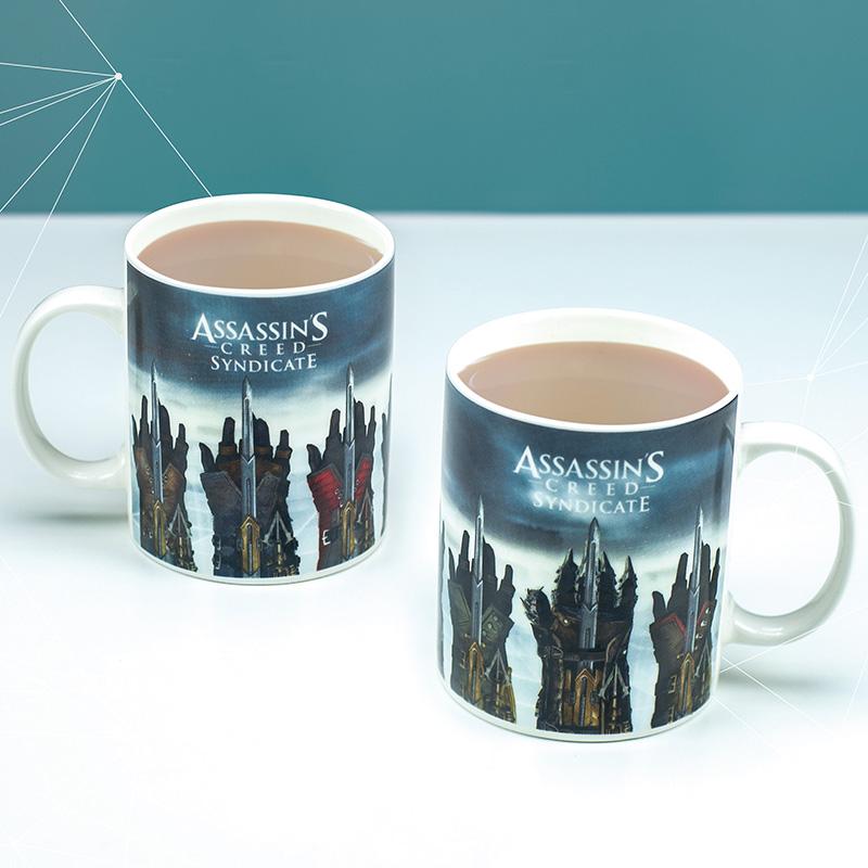 Assassin's Creed Gauntlet Mug