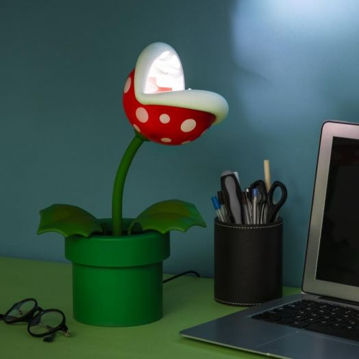 Piranha Plant Posable Lamp BDP